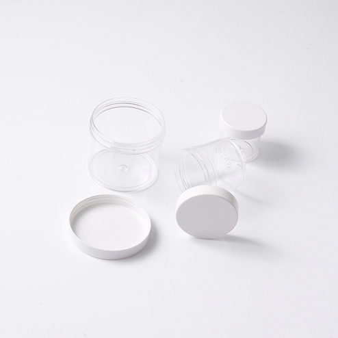 slime container with white lid