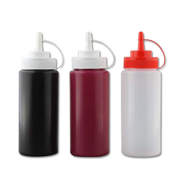 ketchup sauce squeeze bottle with line cap