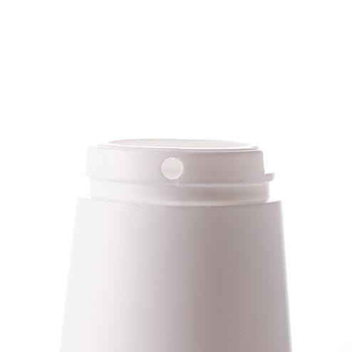 neck of HDPE salt shaker bottle