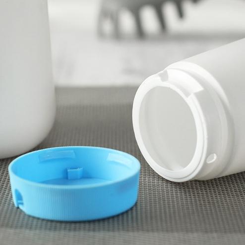 500ml HDPE salt shaker bottle with blue cap YFA-223