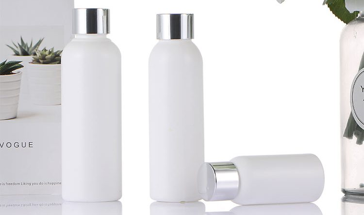 cosmetic plastic bottles manufacturers